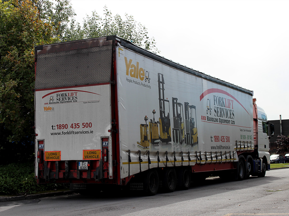 Lorry for Yale containing our new forklift